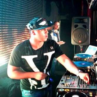 Release Yourself 203 by Roger Sanchez